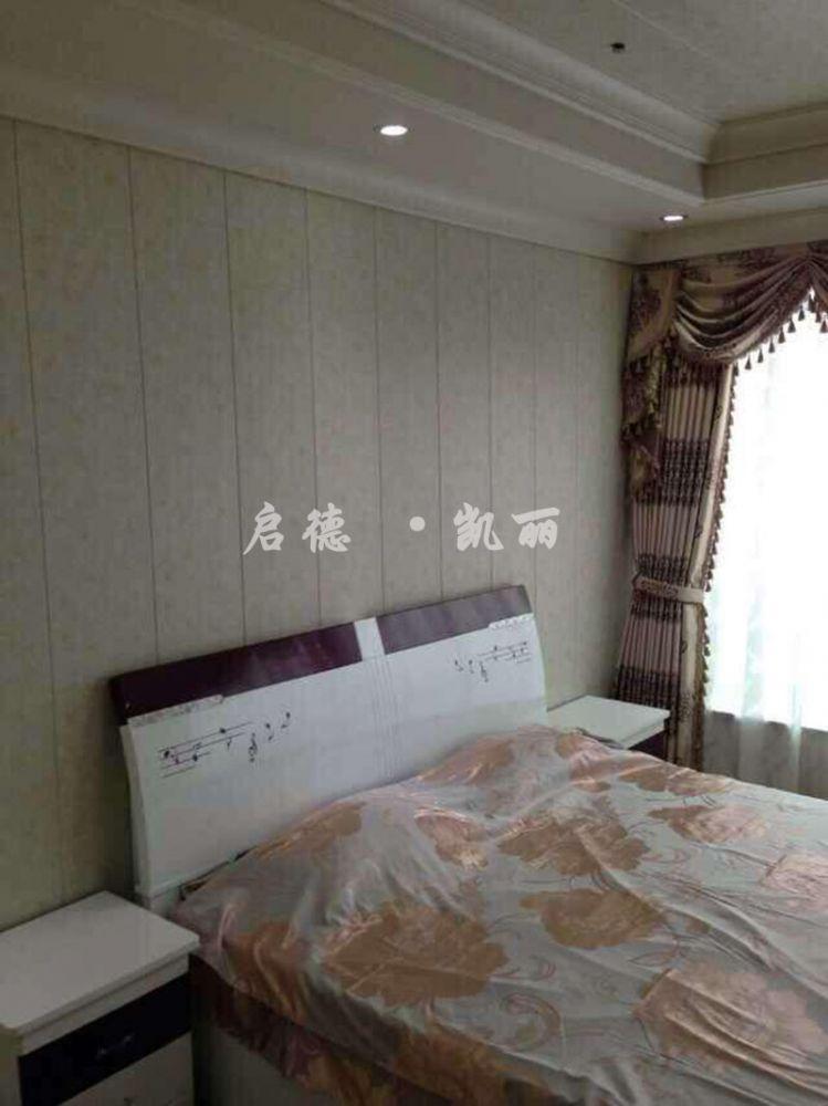 优势的实木纹系列产品很好的解决了这一弊端,是实木护墙的优质替代品.